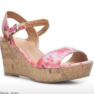 NWOT Mix No. 6 Zessi Floral Wedge Sandal